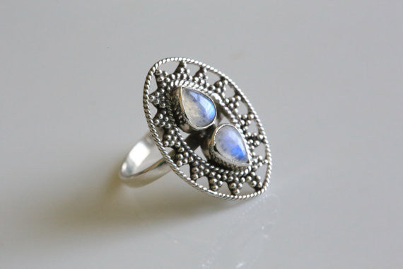 925 Sterling Silver Moonstone Ring, US 9 - AristaBeads Jewelry - 1