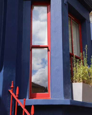 Primary Colors in Notting Hill - Red & Blue