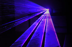 Hawk-1P Purple / Pink laser light: red+blue mixing pink laser