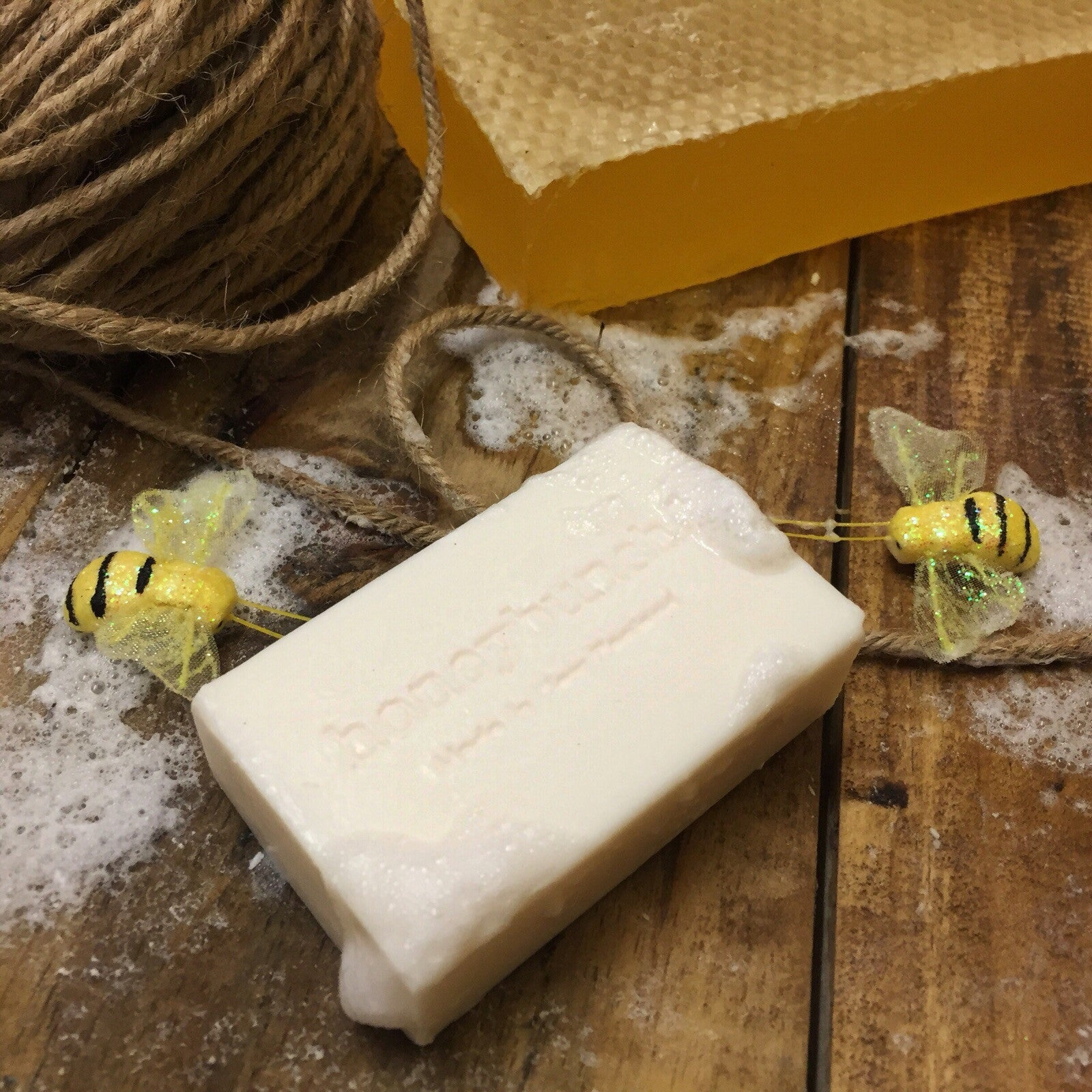 Yoghurt, Manuka Honey & Goatsmilk Soap