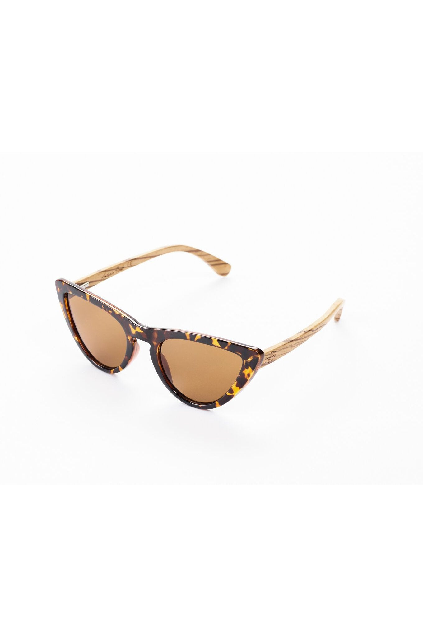 Brown Sustainable & Vegan Bamboo Sunglasses Panther Cat by Antonio Verde
