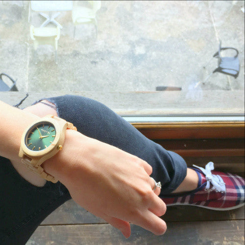 All Wood Watch - The Laro - Royal Green on Maplewood