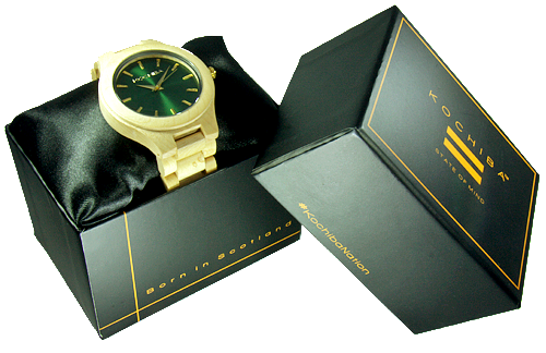 Royal Green Laro Maple Wood watch boxed