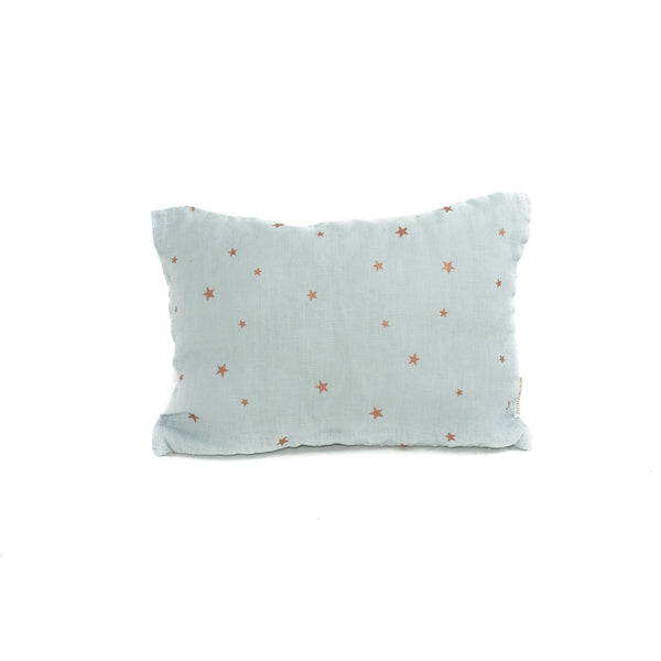 Minimuhuu • Travel Cushion, stars blue light • frontpage, m_op.lesminisstars