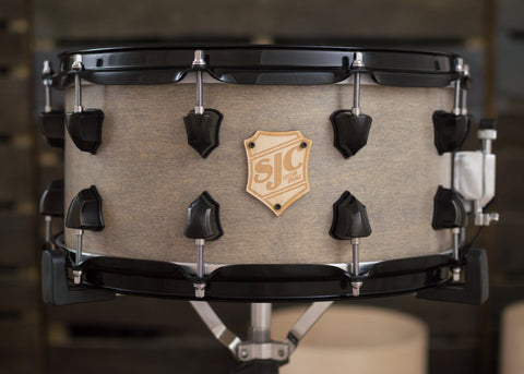 SJC Custom Drums USA Custom Snare Drum Maple Snare Grey Satin Stain