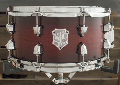 SJC Custom Drums USA Custom Snare Drum Red Super Satin Burst Mahogany Snare