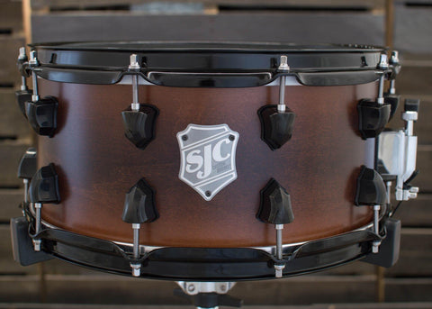 SJC Custom Drums USA Custom Snare Drum Maple Ply Shell Black to Walnut Satin Stain Burst