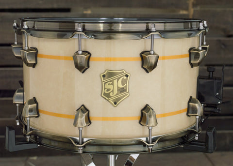 *Blemished 8x14 Gloss Parchment w/ Gold Flake Snare (#7731)
