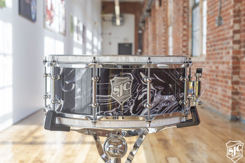 5.75x14 M5 Maple Snare - Black + White Marble with Chrome Hardware