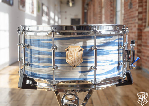 6.5x14 M5 Maple Snare - Blue and White Ripple with Chrome Hardware