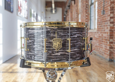 8x14 6ply Maple Snare - Black Oyster with Brass Hardware