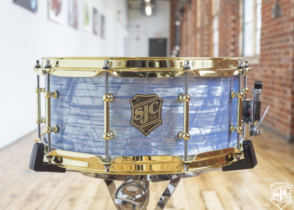 6x14 6ply Maple Snare - Blue Diamond with Brass Hardware