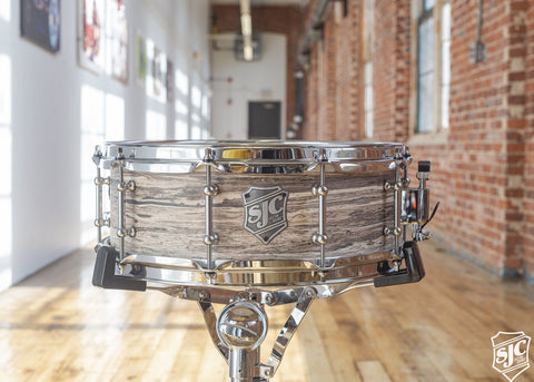 5.25x14 M5 Maple Snare - Driftwood Finish with Chrome Hardware