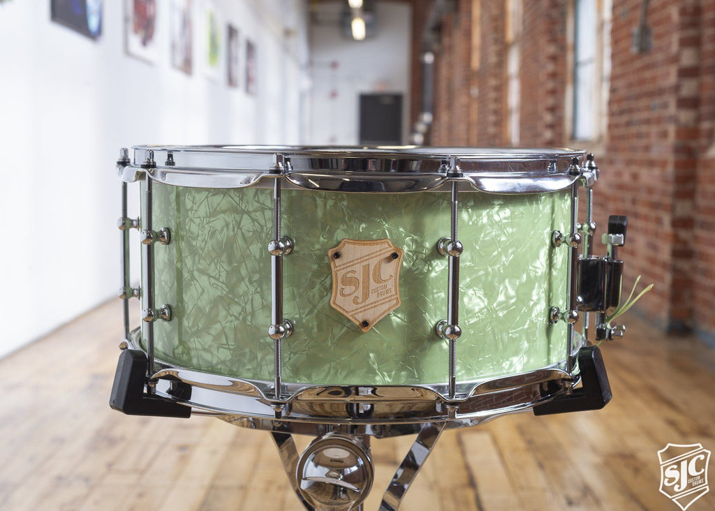 6.5x14 M5 Maple Snare - Lime Diamond with Chrome Hardware