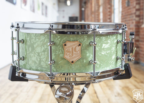 5.5x14 6ply Maple Snare - Lime Diamond with Chrome Hardware