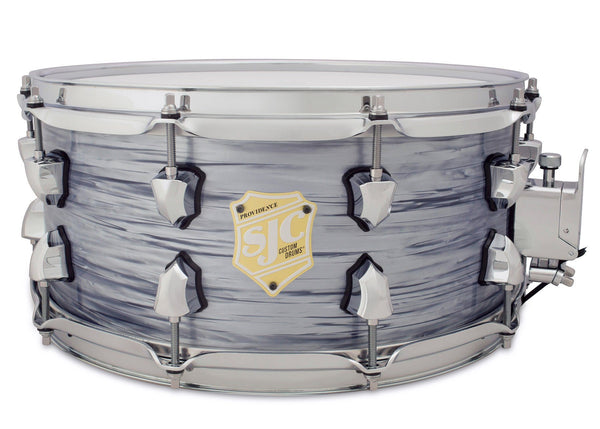 SJC Custom Drums USA Custom Snare Drum Maple Silver Ripple Wrap