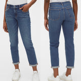 GAP Mid-Rise Girlfriend Jeans 29 Light Wash