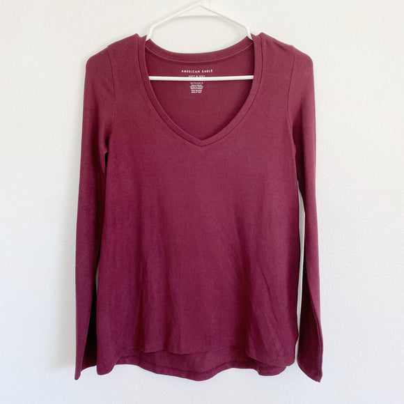 American Eagle Soft & Sexy Plush Cabernet Sweater XS