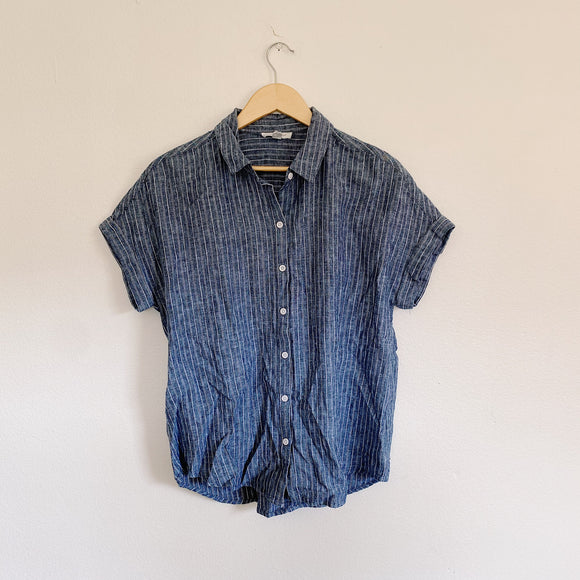 Beach Lunch Lounge Collection Chambray Button Up Medium