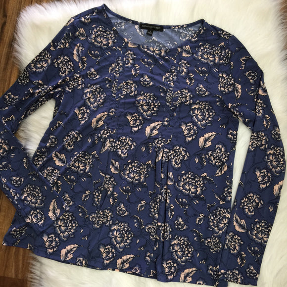 Banana Republic Blouse - Size Small