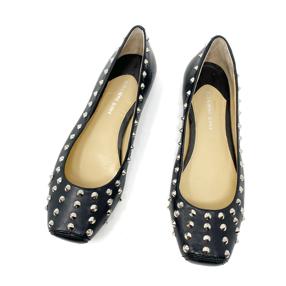 Gianni Bini Studded Leather Flats 7.5