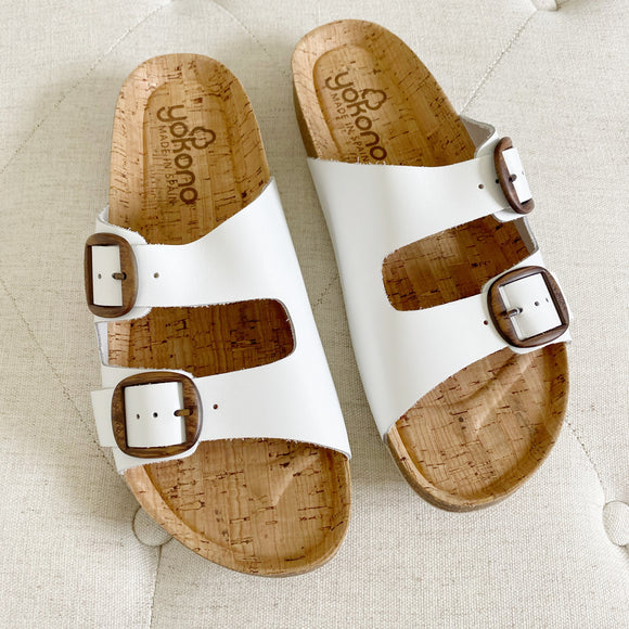 YoKona Leather Sandals White New Size 9