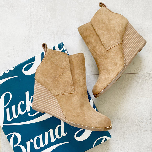 Lucky Brand Yoniana Suede Wedge Booties 7.5