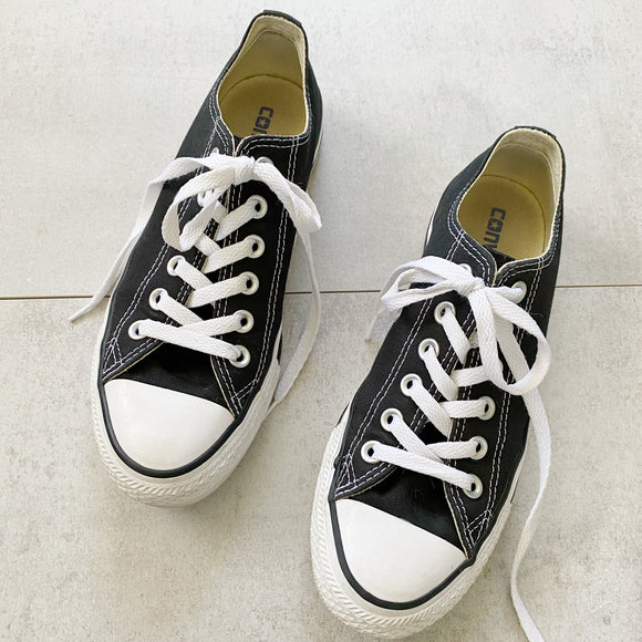 Converse Chuck Taylor Sneakers Womens 7