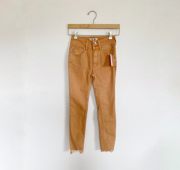 Free People We The Free Camel Jeans NWT 24