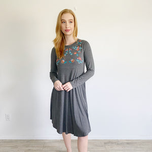 Anthropologie Emboidered Sweet Claire Midi Dress Small