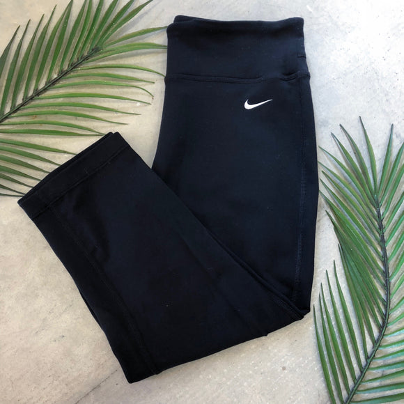 Nike Capri Workout Leggings - S
