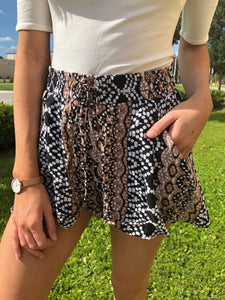 Blue Spice Printed Shorts - M