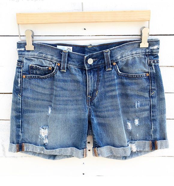 GAP Sexy Boyfriend Shorts - 25