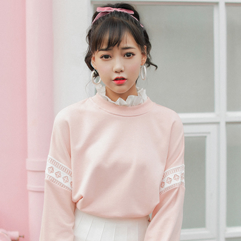 CHIFFON COLLAR SWEATER