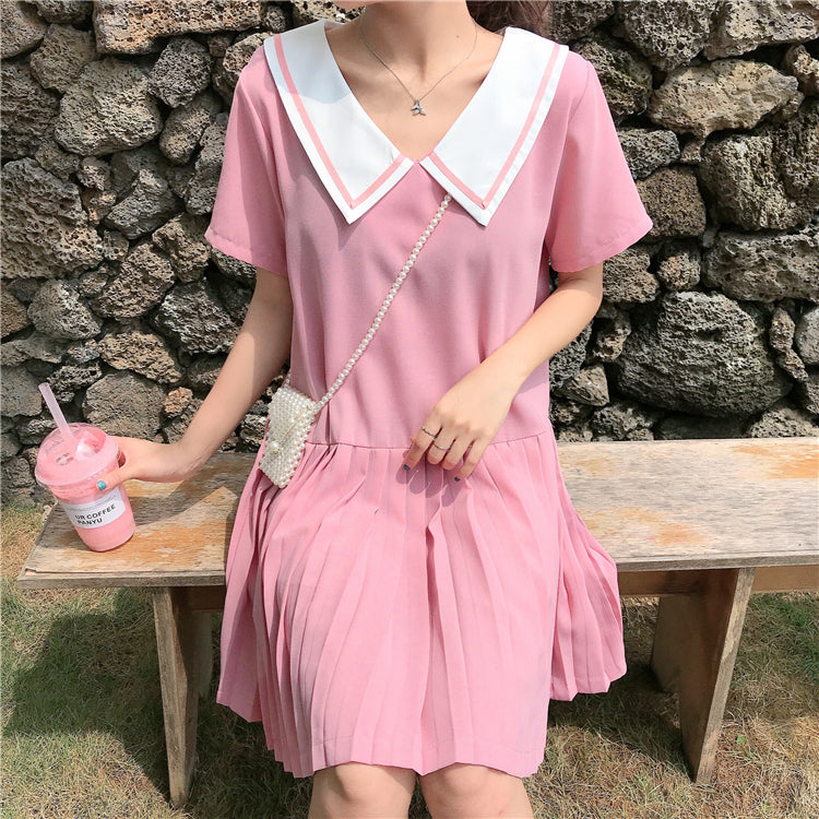DOLL COLLAR PLEATED DRESS