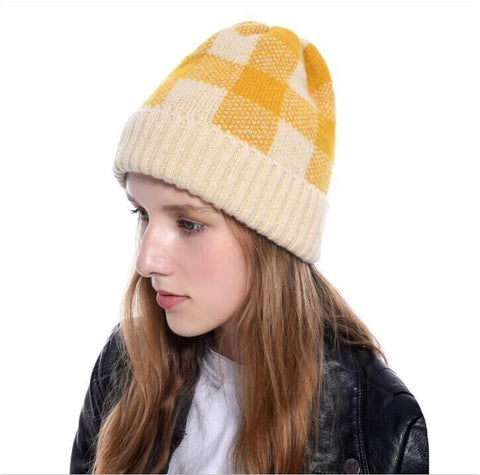 PLAID BEANIE HAT