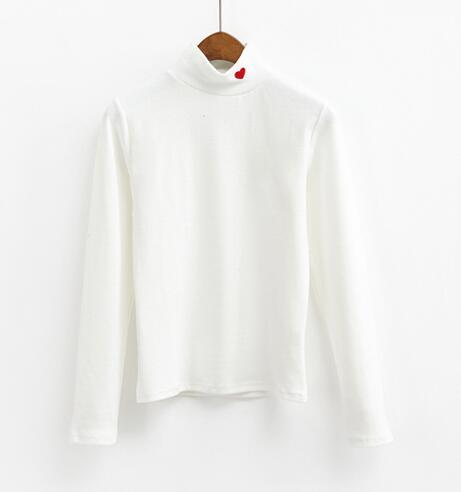 HEART COLLAR TURTLENECK