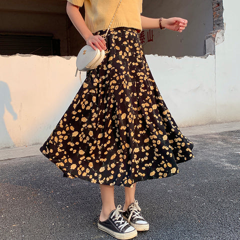 SMALL YELLOW FLOWER MIDI SKIRT