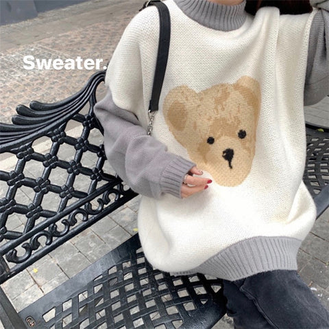 CONTRAST ROUND NECK BEAR SWEATER