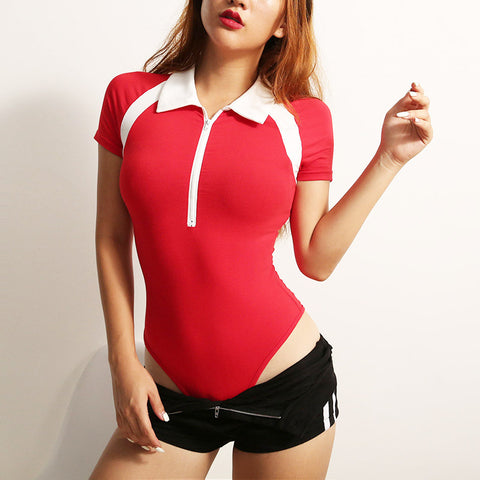 RED CONTRAST ZIPPER V-NECK BODYSUIT