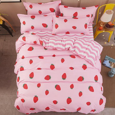 STRAWBERRY BEDDING