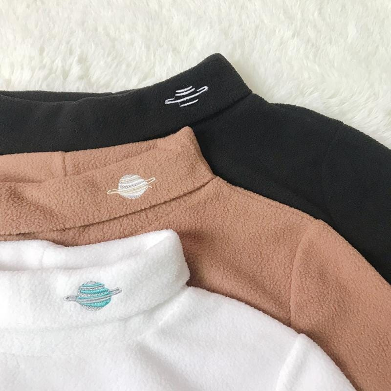 PLANETARY TURTLENECKS