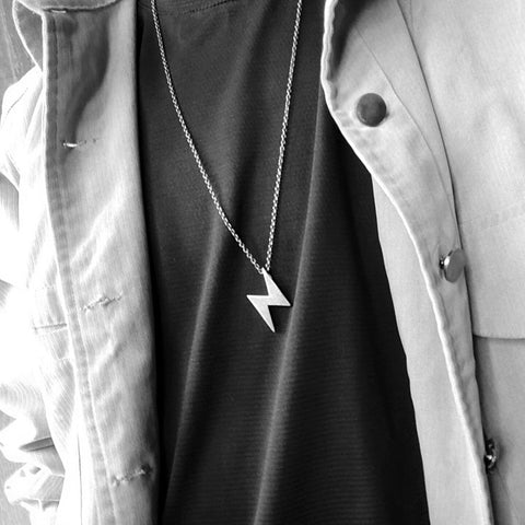 LIGHTNING PENDANT NECKLACE