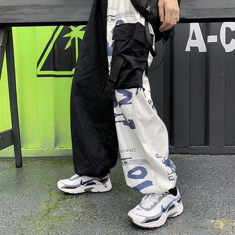 STITCHING GRAFFITI LOOSE PANTS