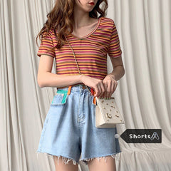 CONTRAST COLOR LOOSE DENIM SHORTS