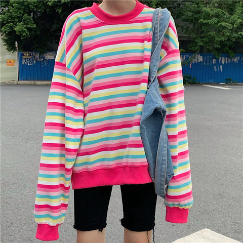 RAINBOW STRIPED ROUND NECK SWEATSHIRT