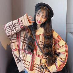 VINTAGE CHECKERED KNITTED