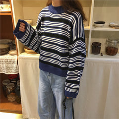 STRIPED HALF TURTLENECK SWEATER