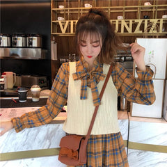 PLAID DRESS AND SWEATER VEST SET