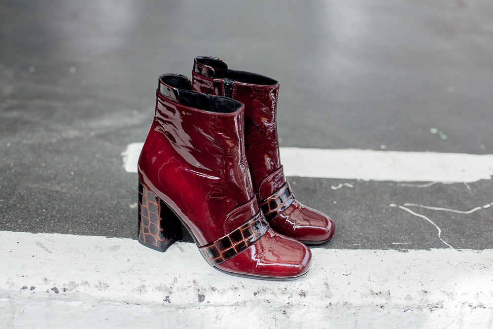Portamento Ankle Boots in patent burgundy leather and crock details. Made in italy.
